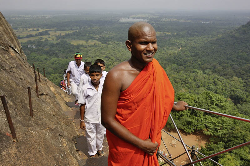 Sigiriya, arriving to the fourth terrace