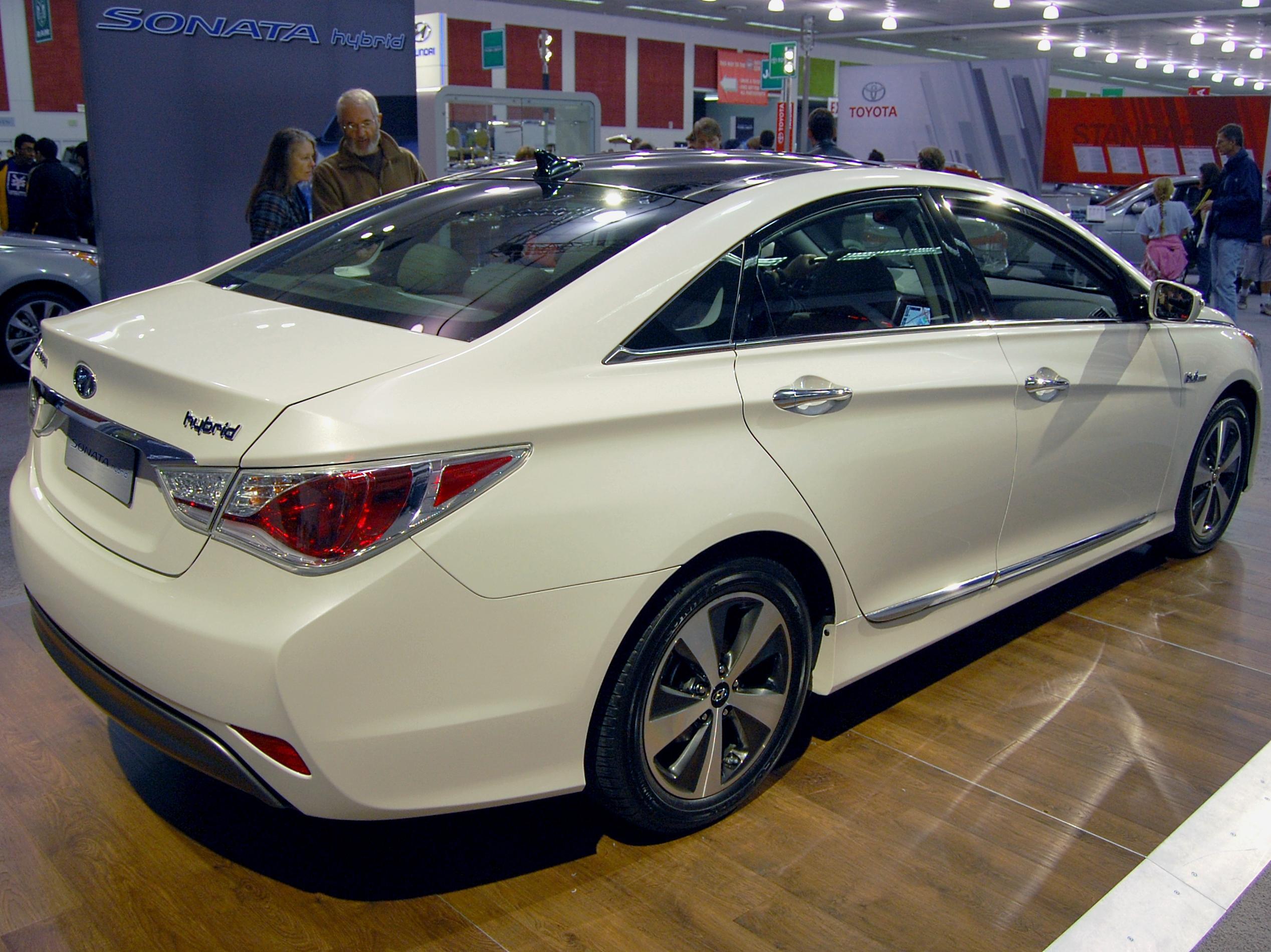 2017 Hyundai Sonata Hybrid Blue Drive
