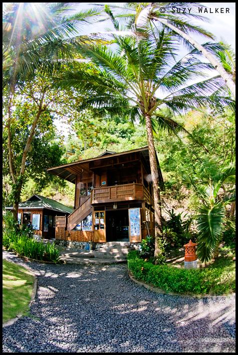 Lembeh Resort - dive centre