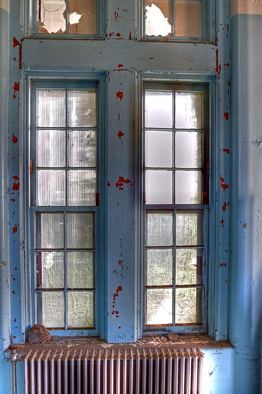 Building 9 Ward Window