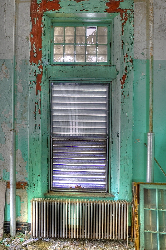 Building 9 Ward Window and Radiator