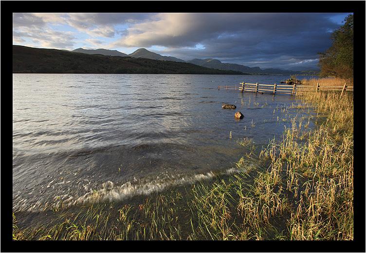 Wavey lakescape