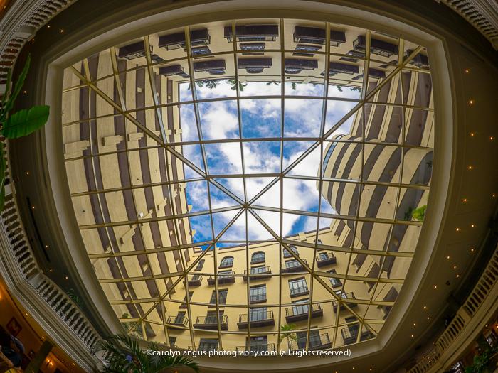 Hotel Parque Central_lobby-2.jpg