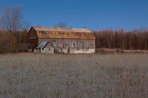Barn At First Light 10546-8