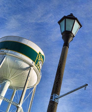 Water Tower & Streetlight DSCF03818