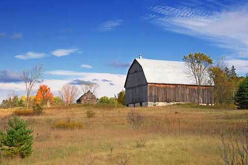 Barn On A Hill 68828