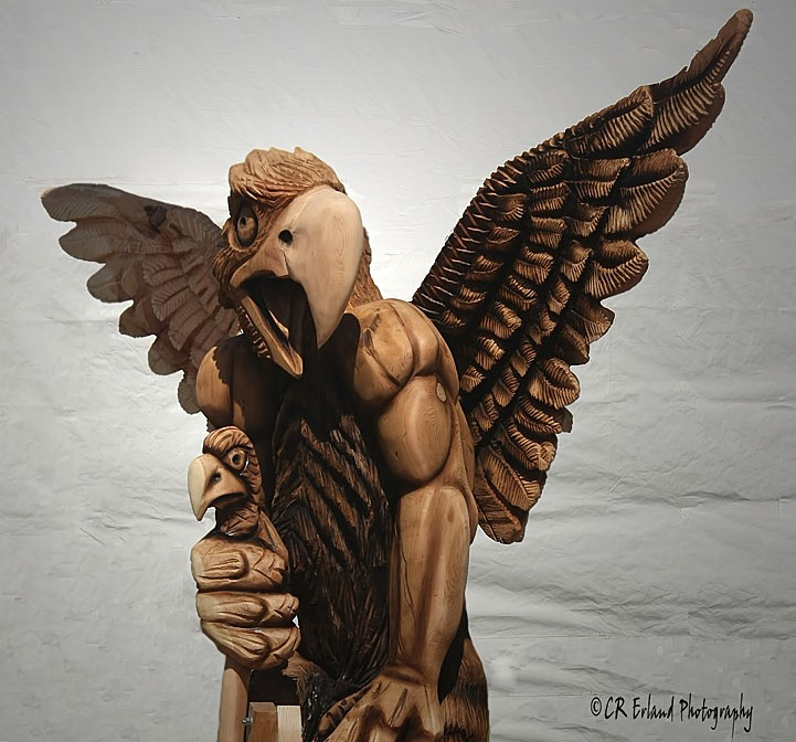 Griffin - Chainsaw Carving