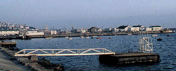 HMS Rookes diving Jetty.jpg