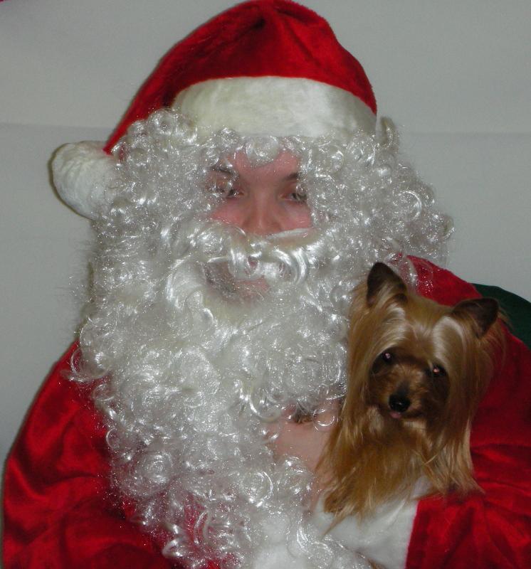 Zoe and Santa 2007