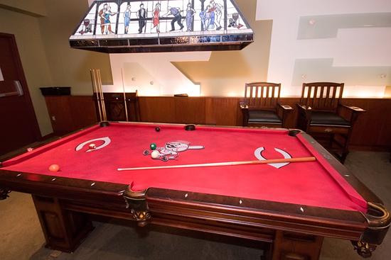 pool table 2039.jpg