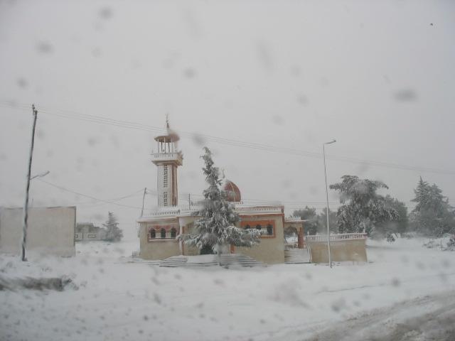 صور الثلوج في ليبيا  93136784