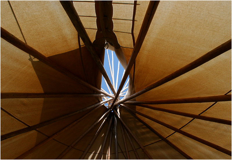 Tipi abstract ...