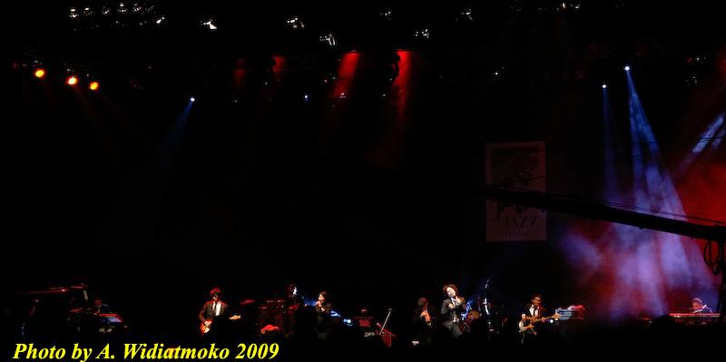 Maliq n DEssentials at Java Jazz 2009