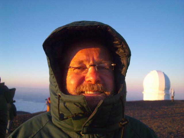 Hawaii Ric at Mauna Kea Summit 2006-11-19 053.JPG