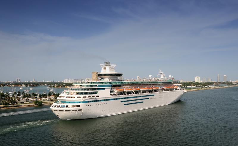 Royal Caribbean cruise ship leaving Miami