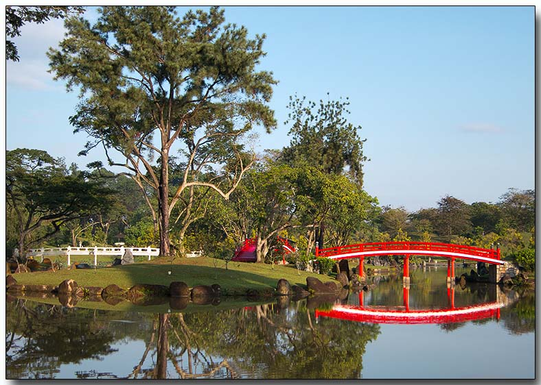 3 Bridges - Japanese Gardens