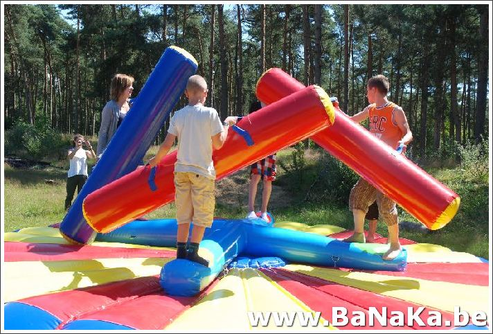 oasis_15_20121002_1001856721.jpg