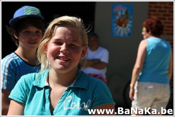 oasis_163_20121002_1963239711.jpg