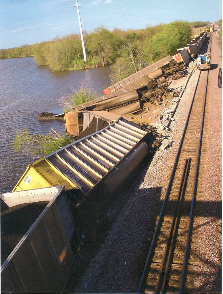 Nelson Illinois Union Pacific Derailment 2007.JPG