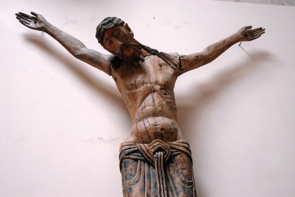 Wooden sculpture of Christ on the Cross, Province of Puy (Haute-Loire) end of the 12th C.
