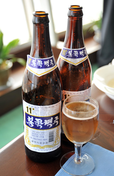 North Korean beer, Pyongyang photo - Brian McMorrow photos at pbase com