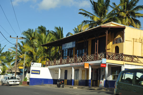 Le New Club, that Mauritius combination of French and English