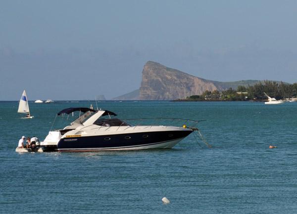 île Coin de Mire, a small island off the north coast of Mauritius