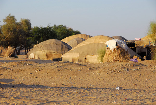Timbuktu (French: Tombouctou) sits a short distance north of the Niger River on the edge of the Sahara