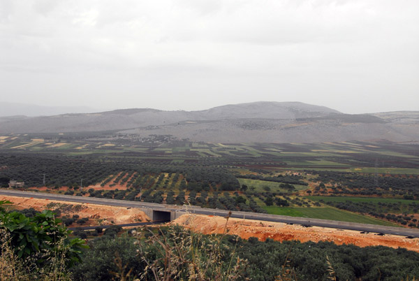 Construction of the new highway connecting Aleppo with Latakia, Idlib Province