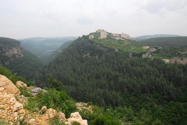 Despite the impressive hilltop location, Saladin conquored the castle in 1188