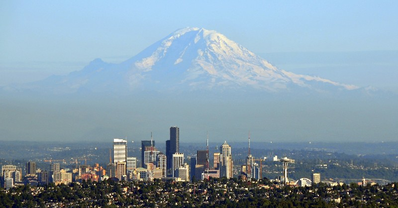 Queen Anne and Seattle with Mt Rainier