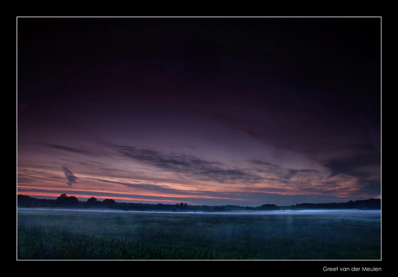 6776 groundfog after sunset in Dutch landscape