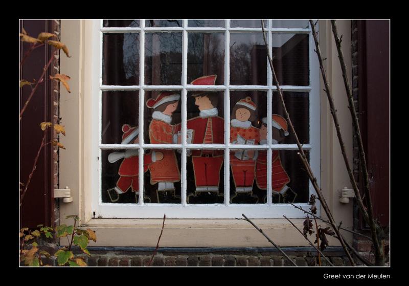 6663 Dickens window