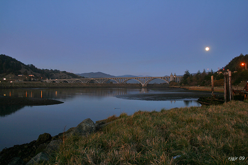 Moon over Patterson Bridge