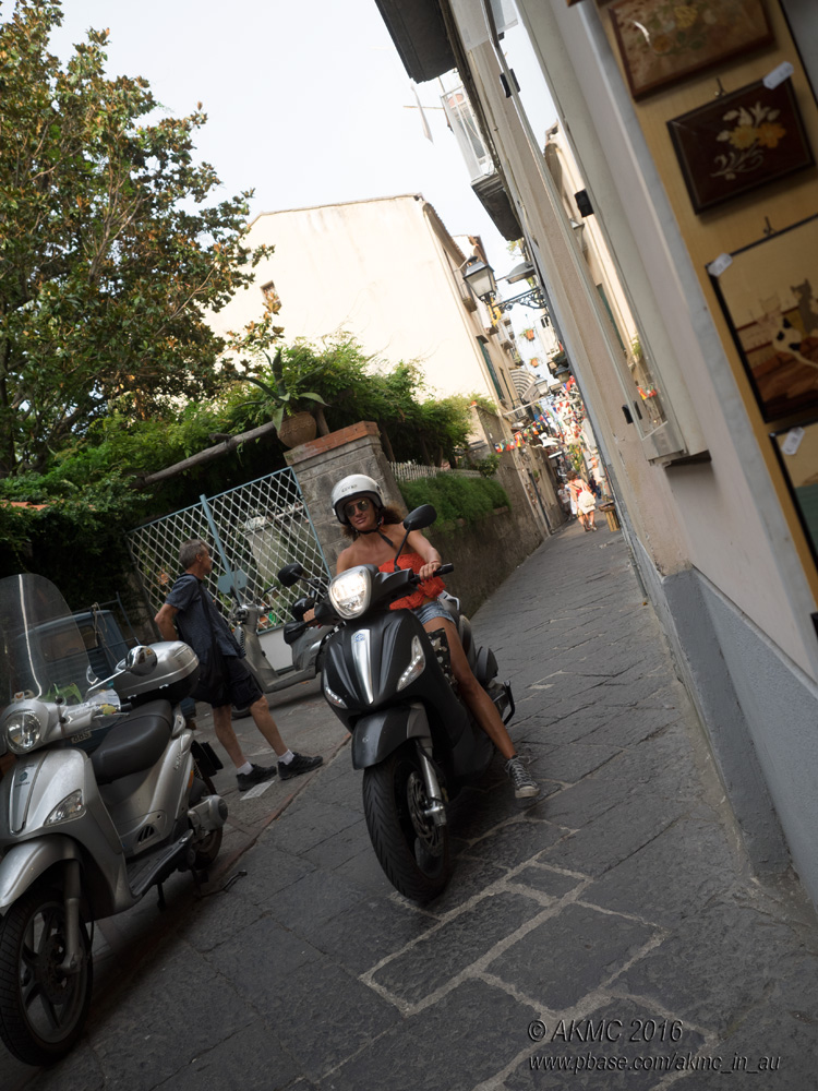 20160901_018299 How We Roll In Sorrento (Thu 01 Sep)