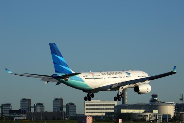 GARUDA INDONESIA AIRBUS A330 200 AMS RF 5K5A1589.jpg