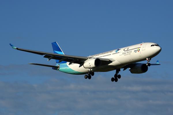 GARUDA INDONESIA AIRBUS A330 300 MEL RF 5K5A6494.jpg