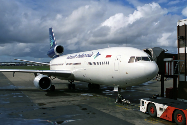 GARUDA INDONESIA DC10 30 SYD RF 192 15.jpg
