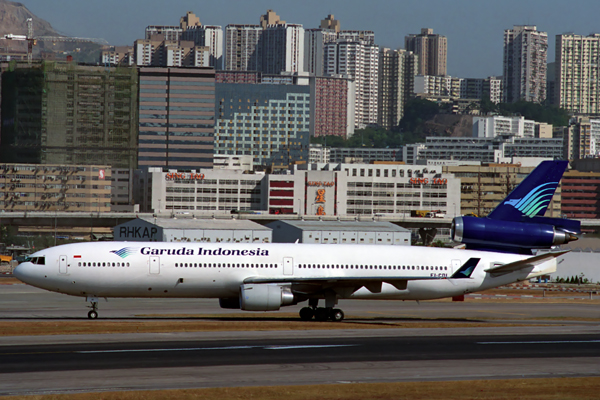 GARUDA INDONESIA MD11 HKG RF 593 34.jpg