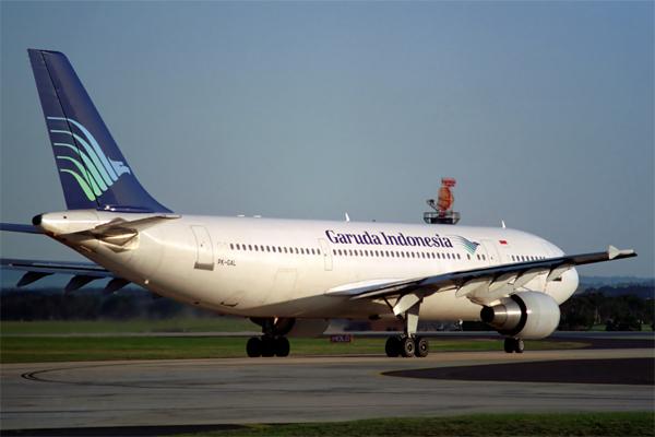 GARUDA INDONESIA AIRBUS A300 600R MEL RF 698 21.jpg