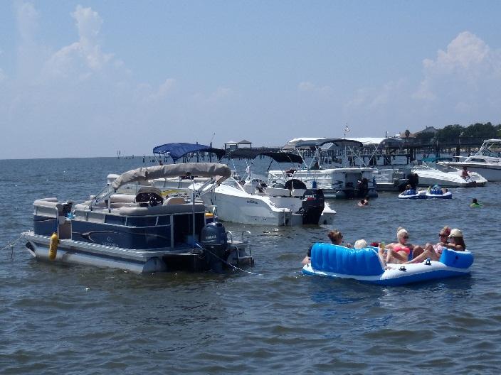 Slidell Raft Up (1).JPG