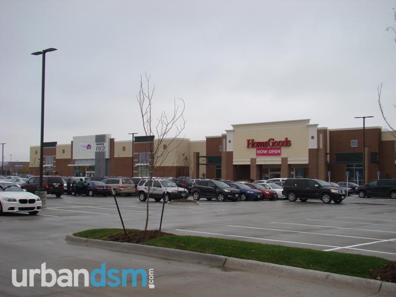WDM: The Plaza at Jordan Creek (Lowe's) - Page 4 - urbanDSM com