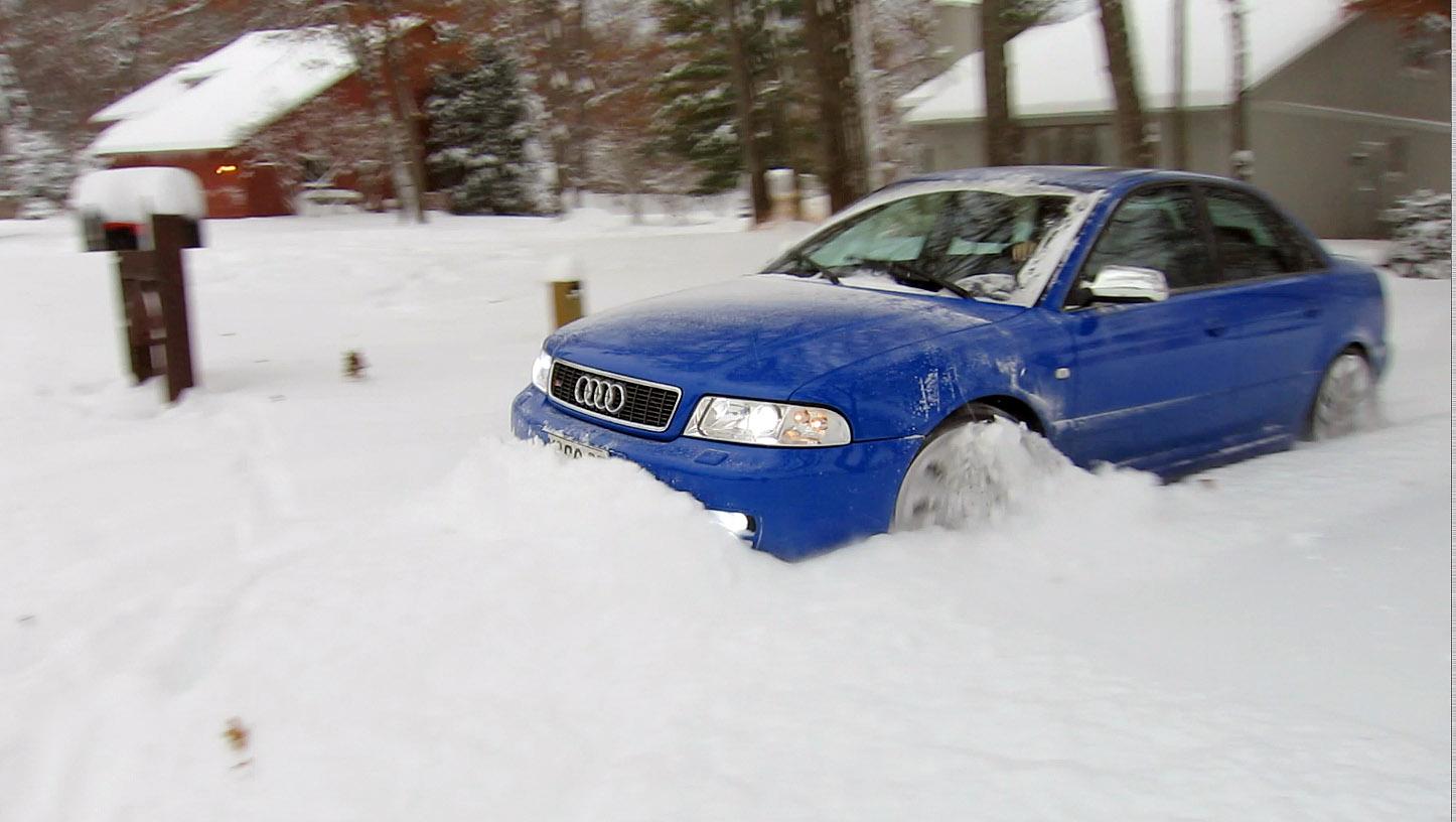 AudiSnowGarageThumb1.jpg