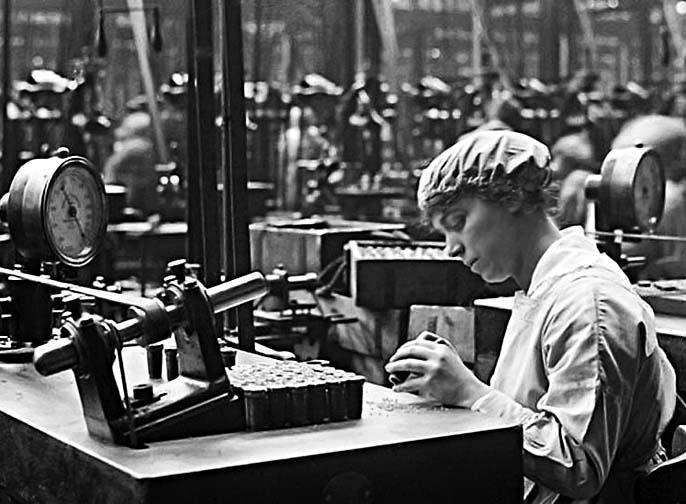 May 1918 - Machine operator