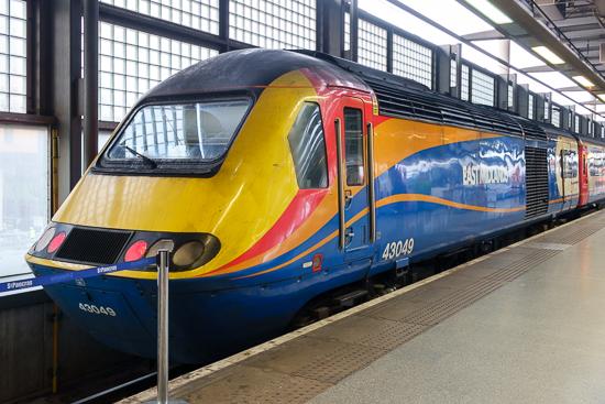 43049 Neville Hill stands at London St Pancras International, 7/1/15