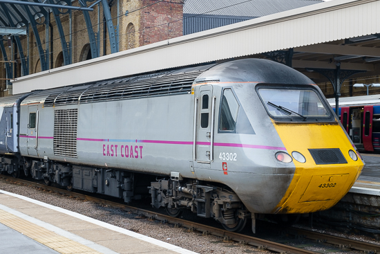43302 stands at London King's Cross, 7/1/15