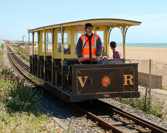 Volk's Electric Railway car No.9 approaches the Aquarium Station, 12/5/15
