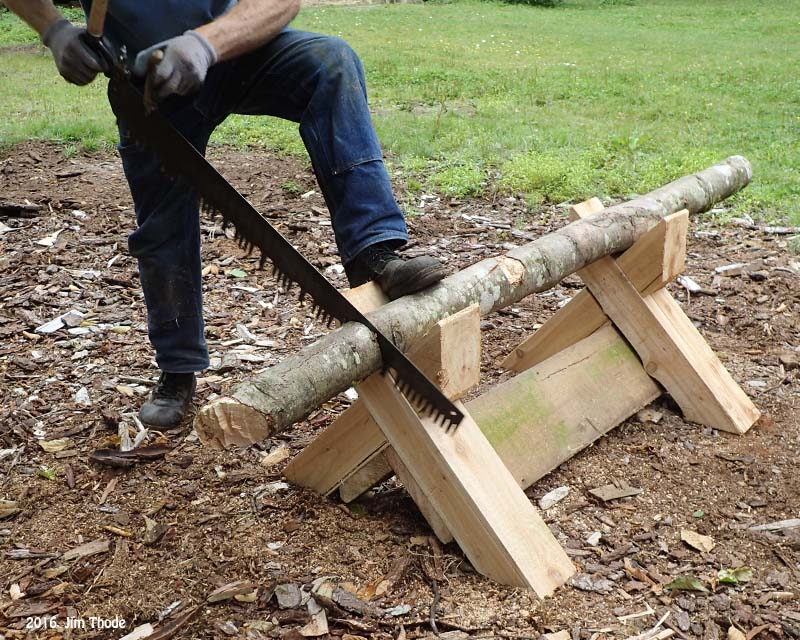 Crosscut with foot hold down