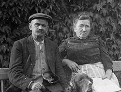 ALBERT FERON, pépiniériste, et sa FAMILLE