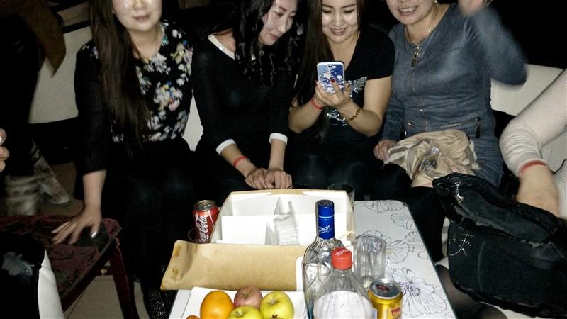 Mongolian Women at Party (4).jpg